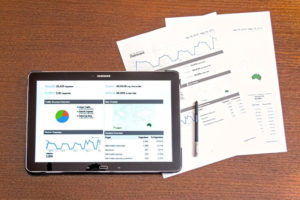 Analyzing charts using paper and tablets
